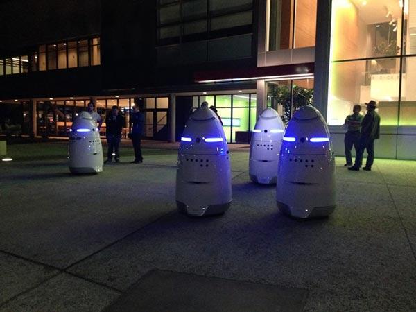 روبات پلیس K5